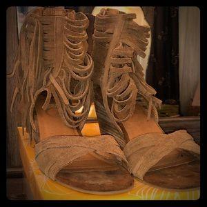 Size 8.5 Women's Yellowbox Shoes
